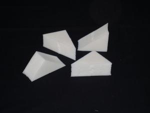 Triangle_latex_makeup_sponges_-_Τριγωνικά_λάτεξ_σφουγγαράκια_μακιγιάζ