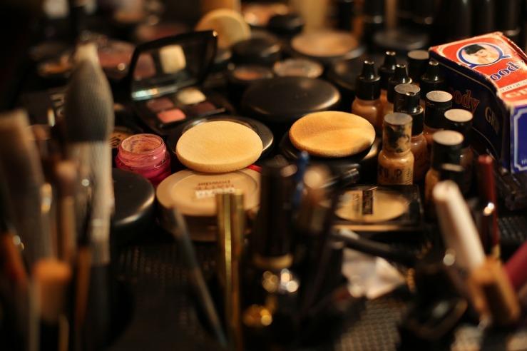 makeup artist setup