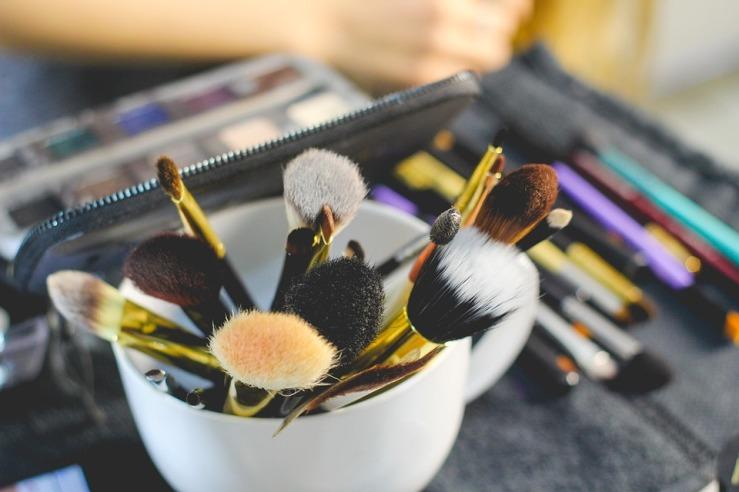 brush-2491235_960_720